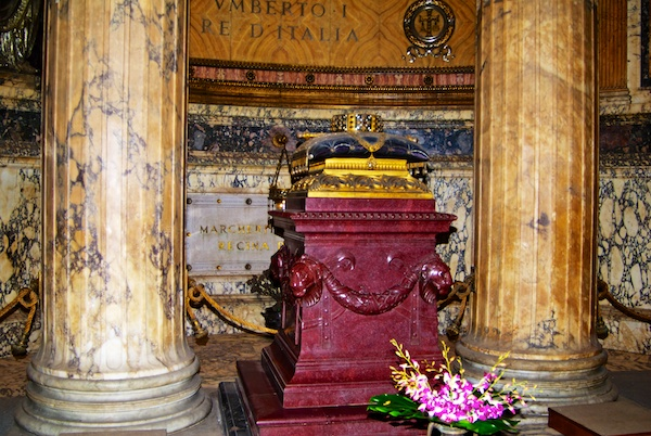 Raphael's Tomb in the Pantheon, Rome.
